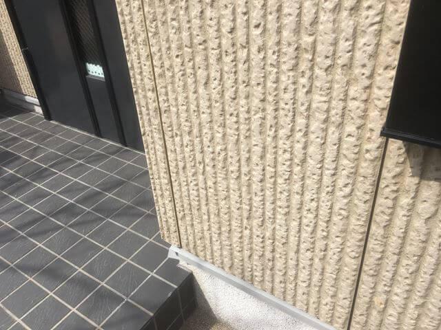 玄関周りの外壁
