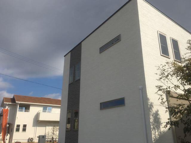 外壁塗装前の住宅